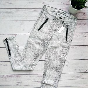 LOVERS + FRIENDS Ricky Skinny Jeans B&W Spotted 27